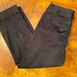 Banana Republic size 6 black white pinstripe pants